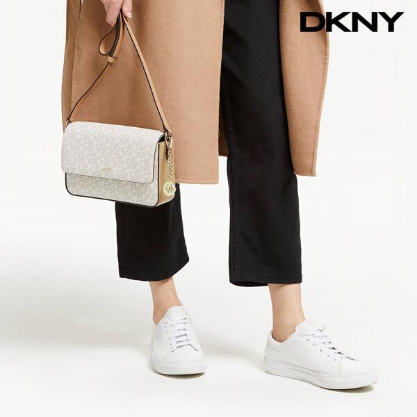 DKNY 디케이엔와이 Bryant Logo Print Medium Flap CrossBody Bag 크로스백