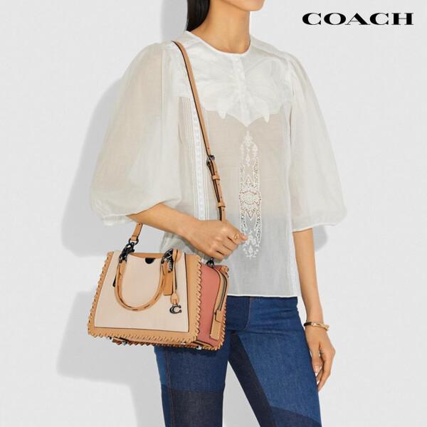 Coach 코치 Whipstitch Colorblock Dreamer Shoulder Bag 숄더백