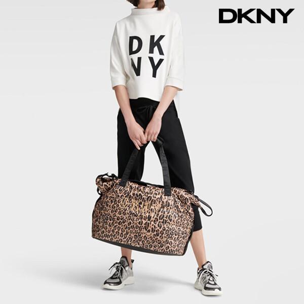 DKNY 디케이엔와이 Dona Leopard Duffle Bag 토트백