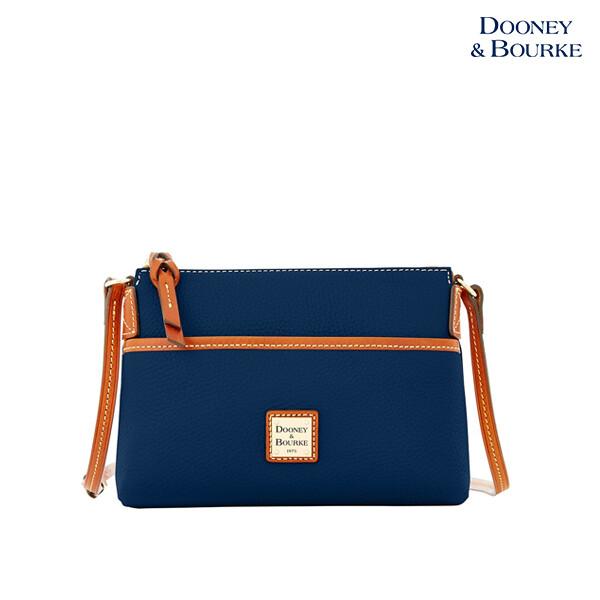 Dooney & Bourke 두이앤버크 Pouchette Leather Crossbody Bag 크로스백