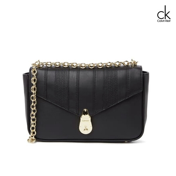 Calvin Klein 캘빈클라인 Locked Linear Quilted Crossbody Bag 크로스백