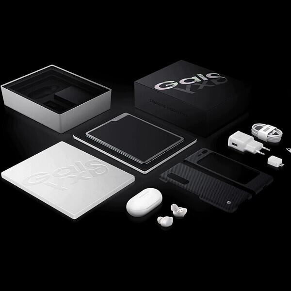 [미개봉 새상품] 삼성갤럭시 폴드 5G 512G 블랙에디션 (모델명: SM-F907N / 삼성 2년무상 AS / 갤럭시버즈 포함/ 미개통 풀박스!)