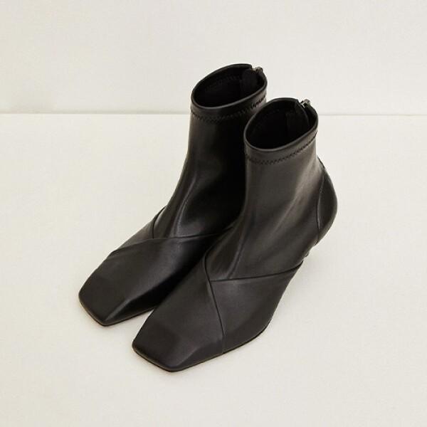 명품 디자이너 편집샵 19FW SQUARE BOOTS - BLACK 가죽 부츠