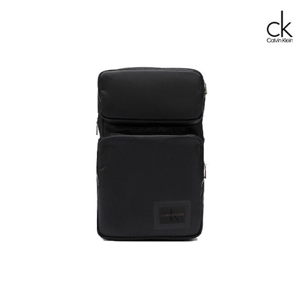 Calvin Klein 캘빈클라인 슬릭 나일론 멀티 포켓 슬링백 HH2224K9900